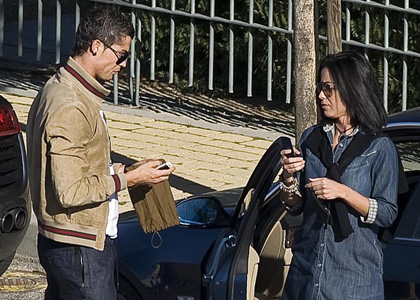 EXCLUSIVE: Cristiano Ronaldo Out With His New Girlfriend (USA AN